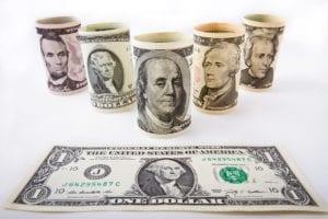 Der US-Dollar ist derzeit leicht unter Druck wegen steigender Aktienmärkte
