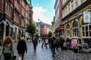 Wegen der Coronakrise stürzt das Konsumklima in Deutschland regelrecht ab