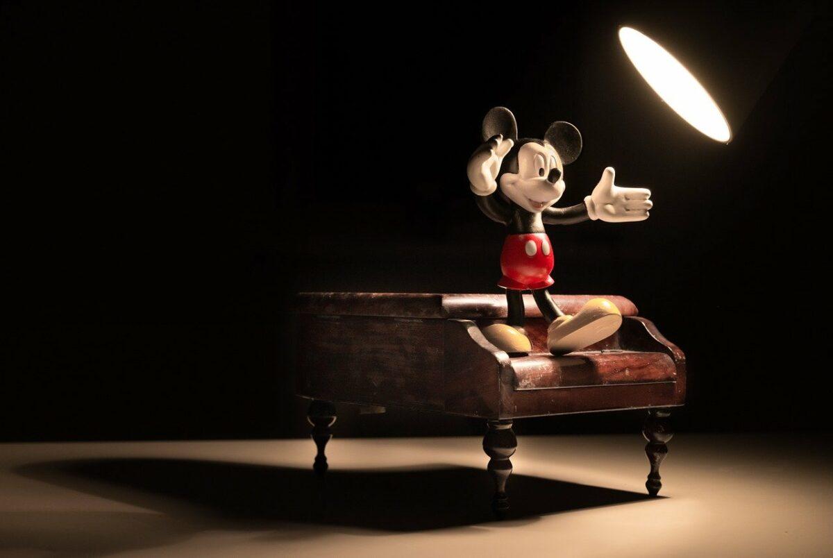 Walt-Disney-Der-Medienkonzern-des-21-Jahrhunderts-Werbung