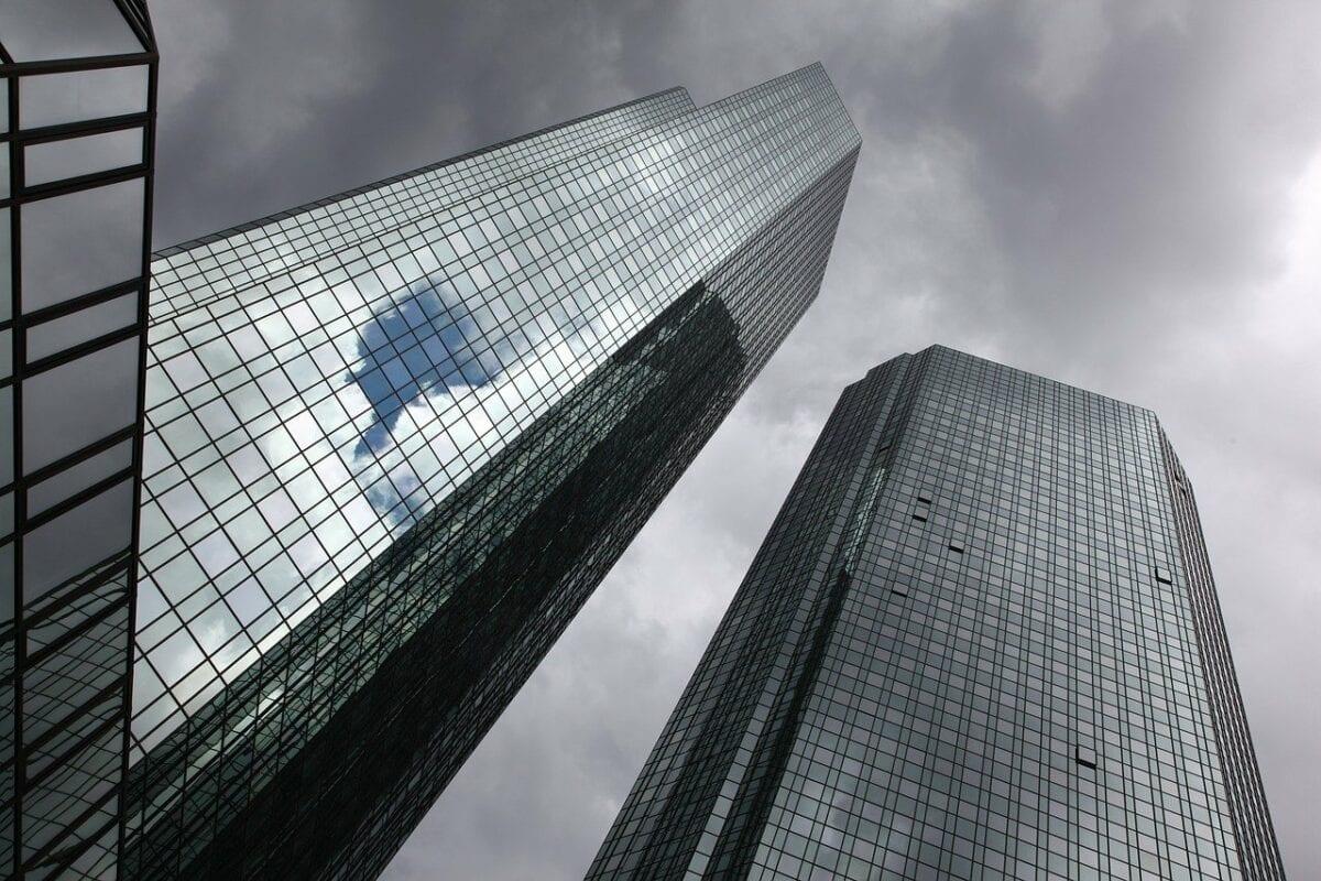 Die beiden Deutsche Bank Tower in Frankfurt
