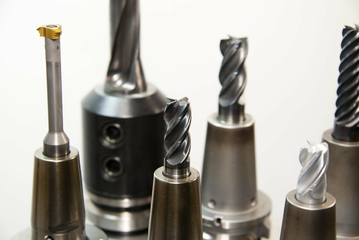 Verschiedene Metallerzeugnisse