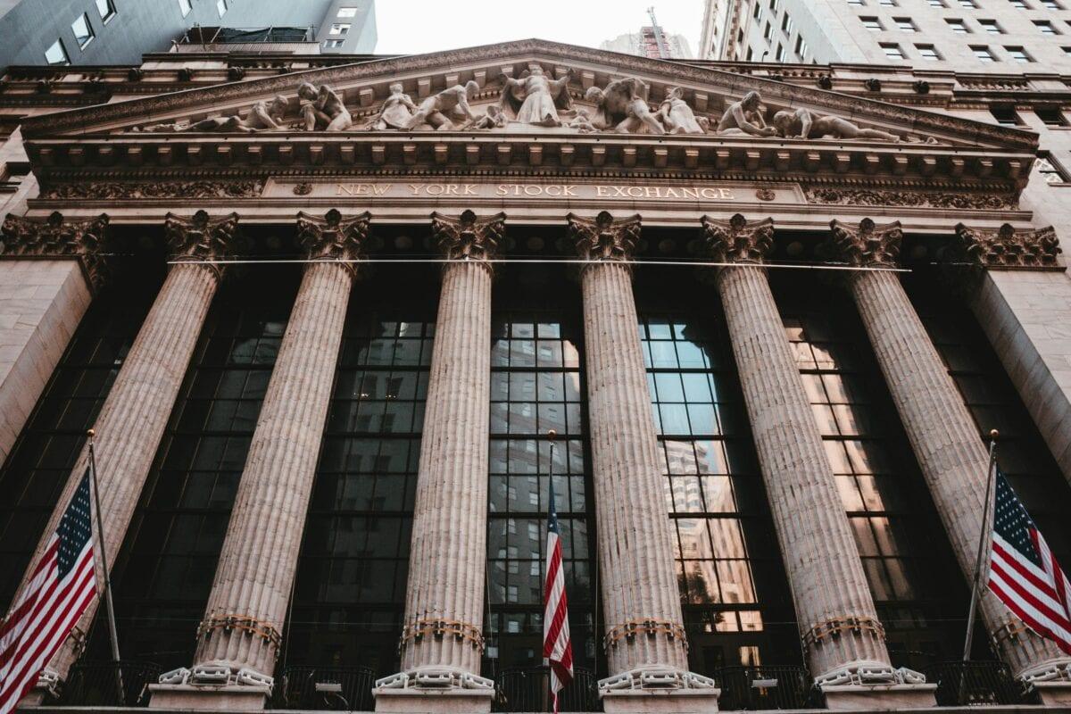 Quartalssaison geht in heiße Phase - New Yorker Börse Außenansicht