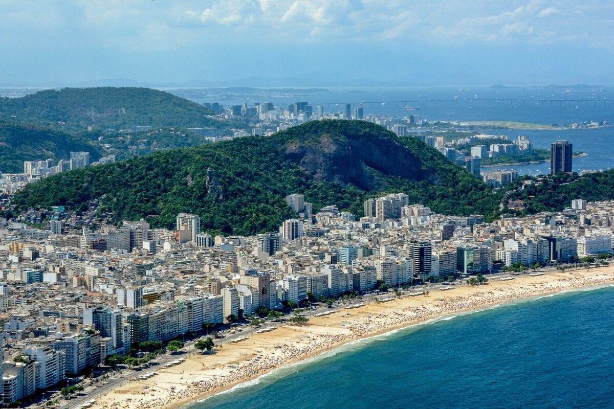 Covid-19 grassiert in Südamerika - hier der Strand von Ipanema in Rio