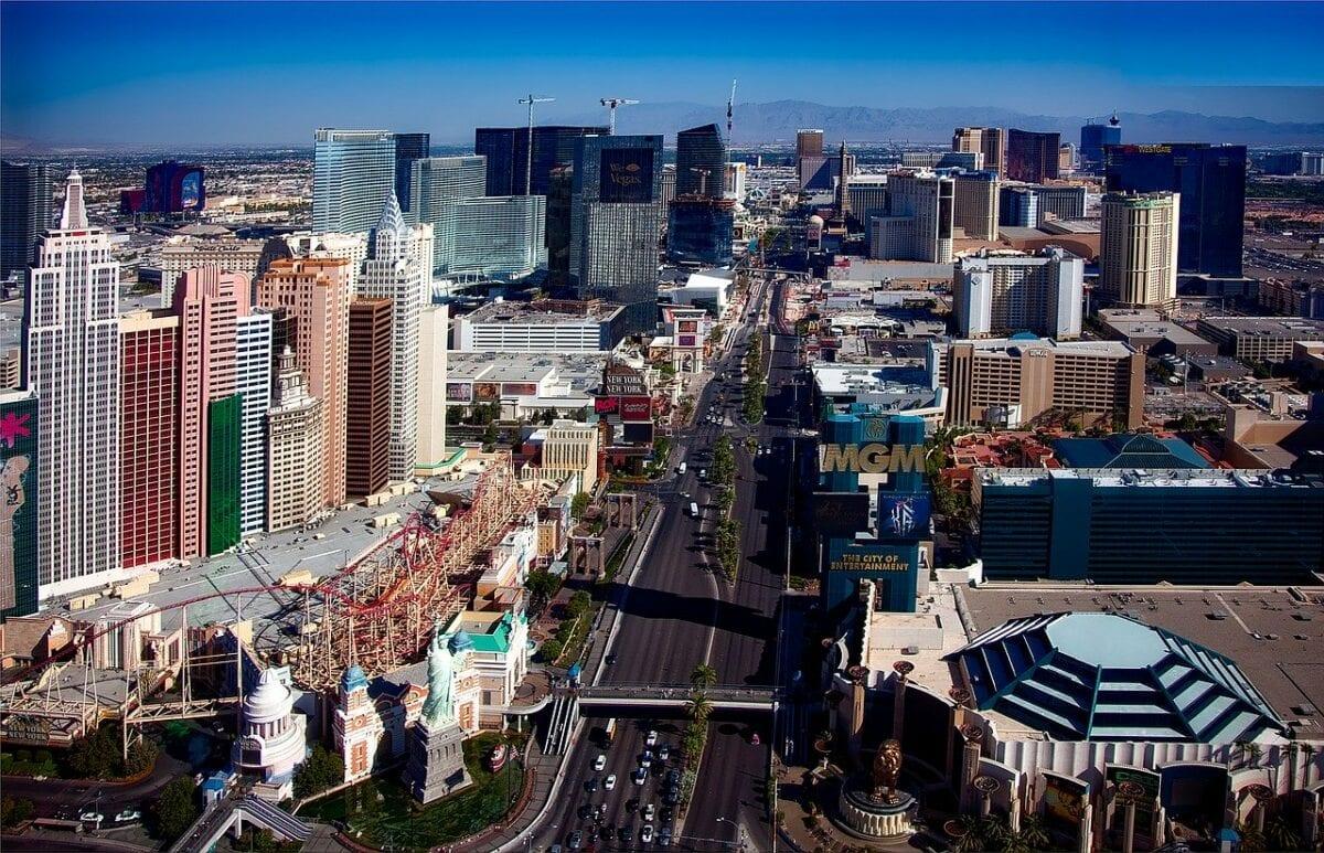 Las Vegas Strip - dank Coronakrise sind die Geschäfte eingebrochen