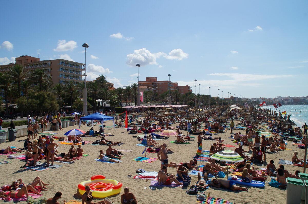 Urlauber auf Mallorca - das waren die rosigen Zeiten für die Reiseindustrie