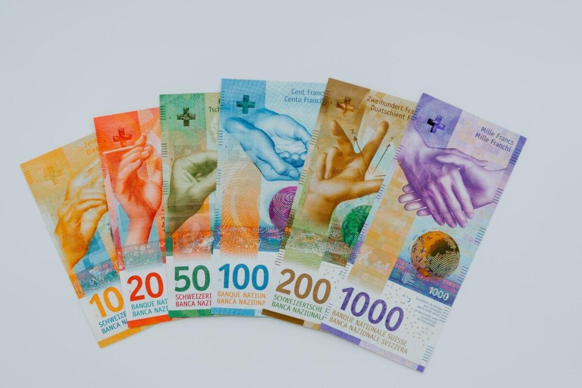 Mehrere Schweizer Franken Geldscheine
