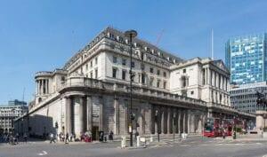 Die Bank of England betreibt QE und lässt die Zinsen unverändert