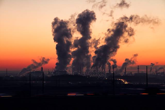 Rauchende Industrieschlote