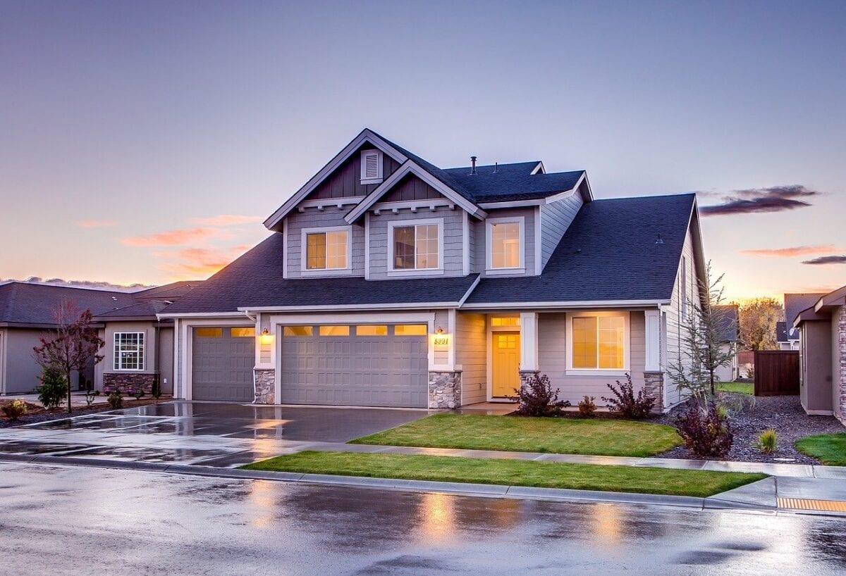 Typisches Einfamilienhaus in den USA - viele neue Hypothekenanträge
