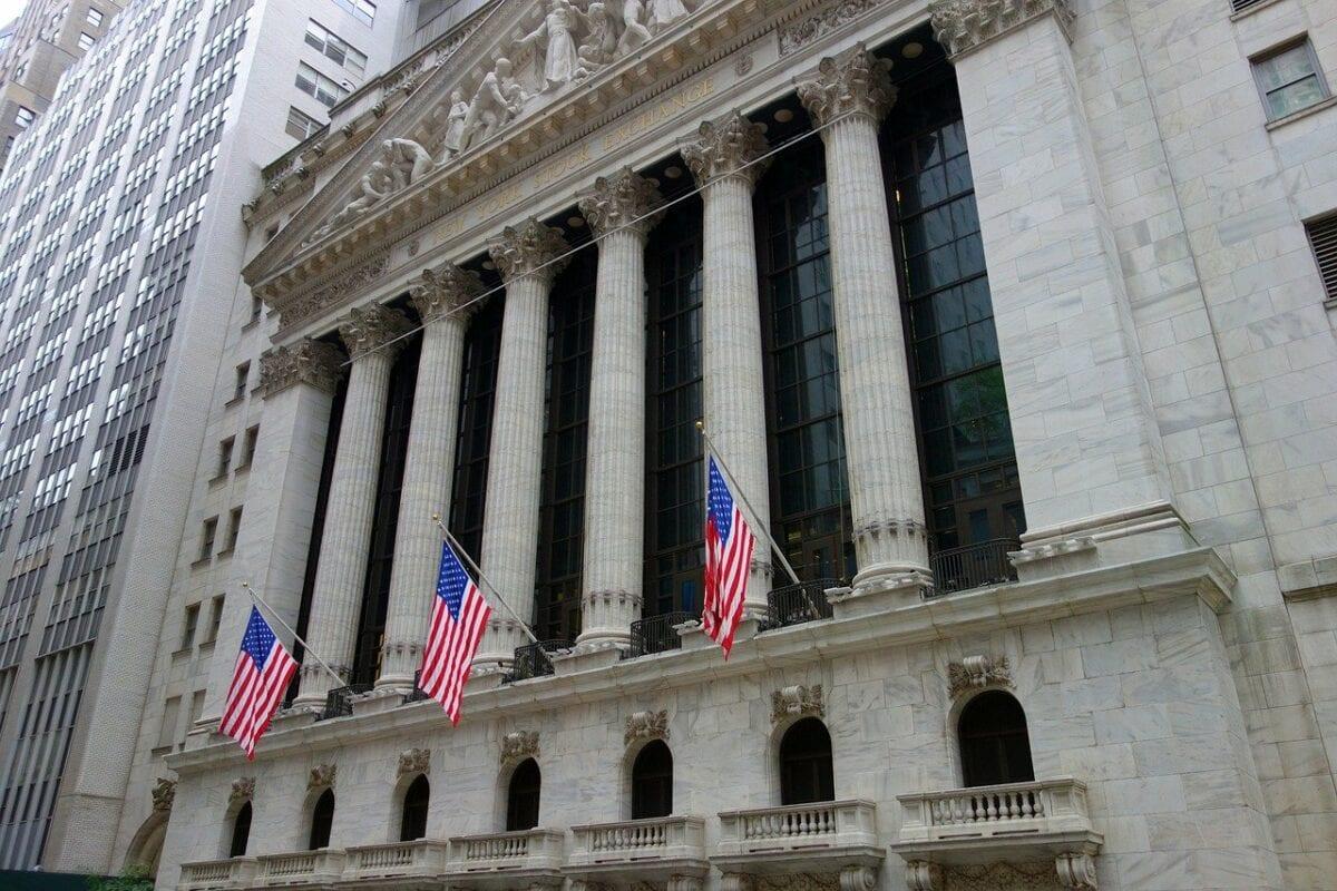 An der Wall Street sieht man Aktienrückkäufe als normales Instrument an