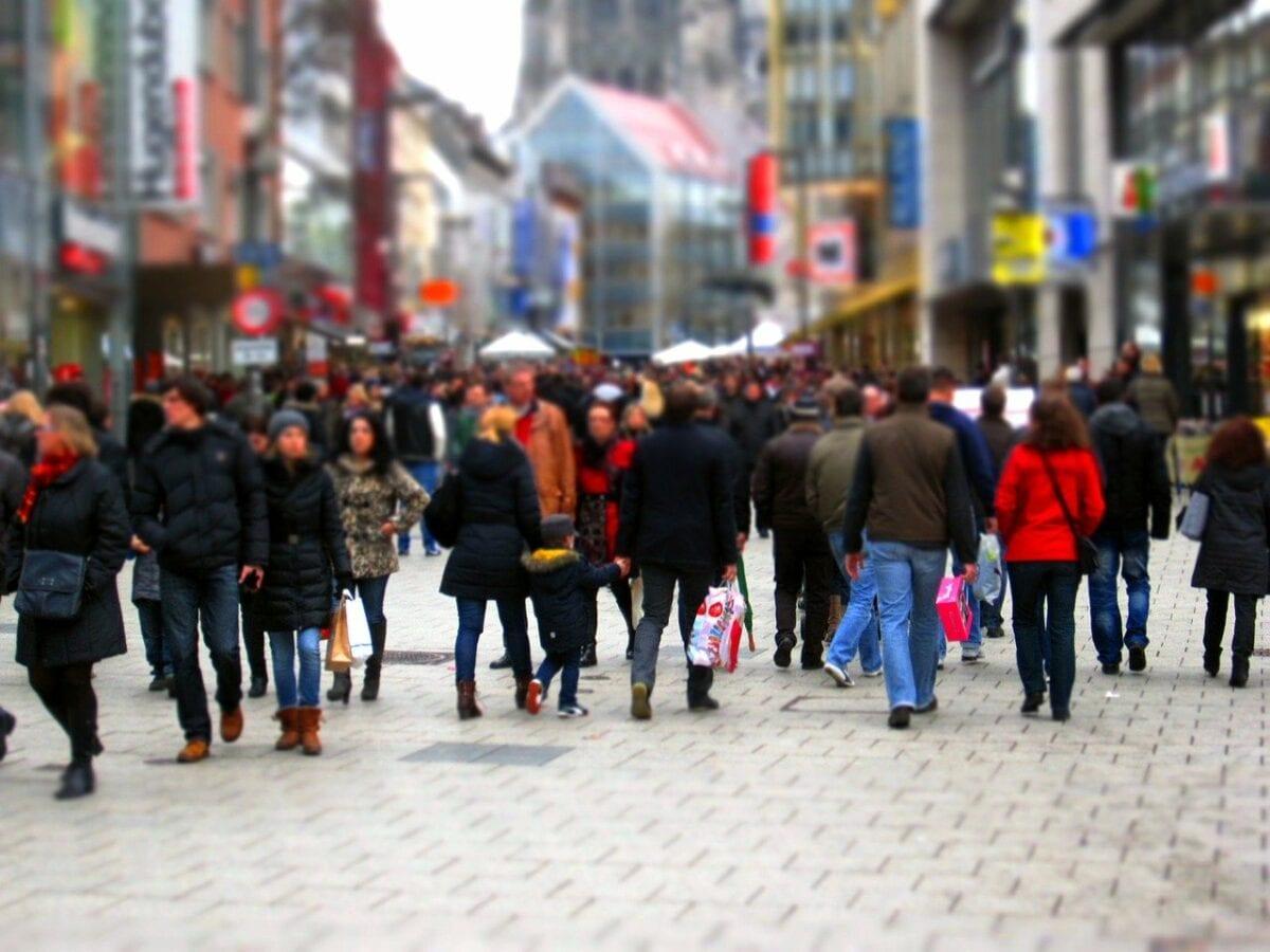 Probleme am Arbeitsmarkt vor allem wegen leerer Fussgängerzongen