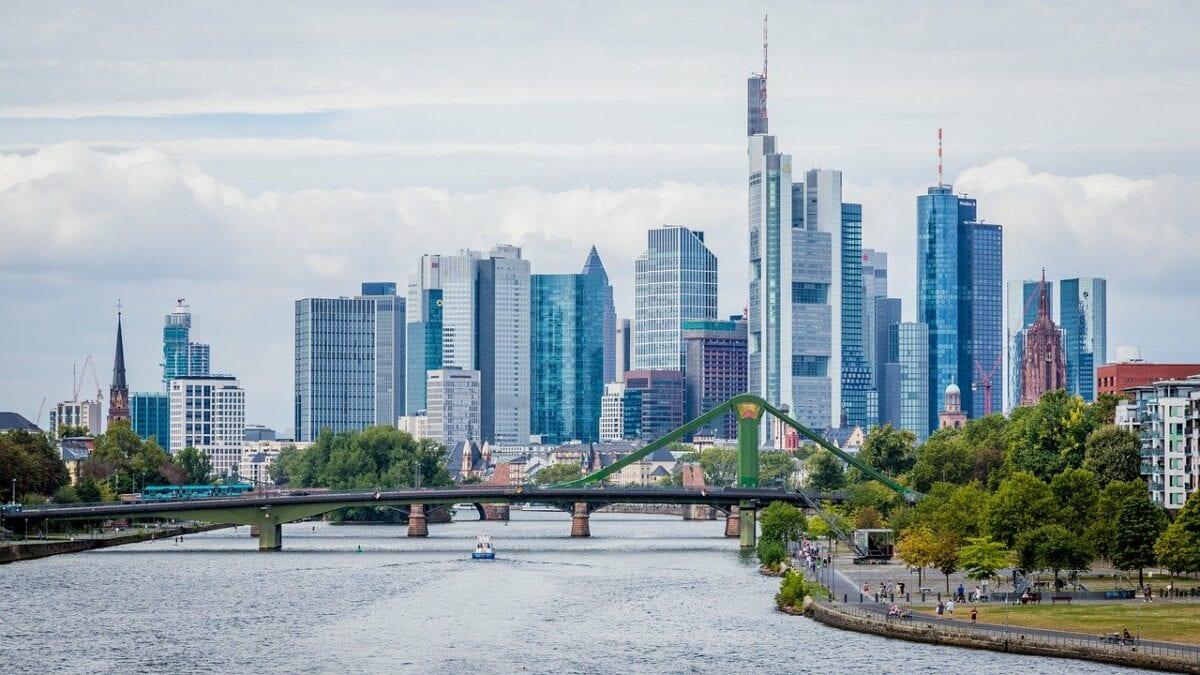 Hochhäuser zahlreicher Banken in Frankfurt