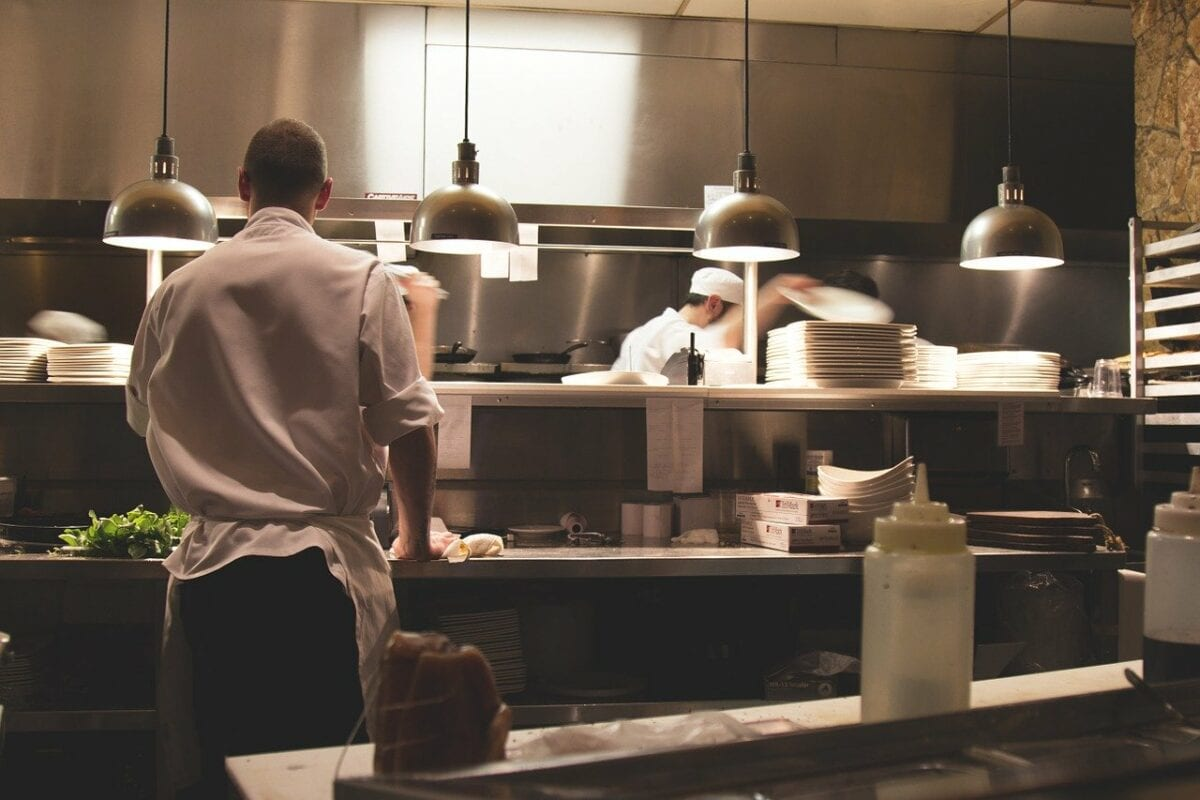 Kurzarbeit stützt die Gastronomie
