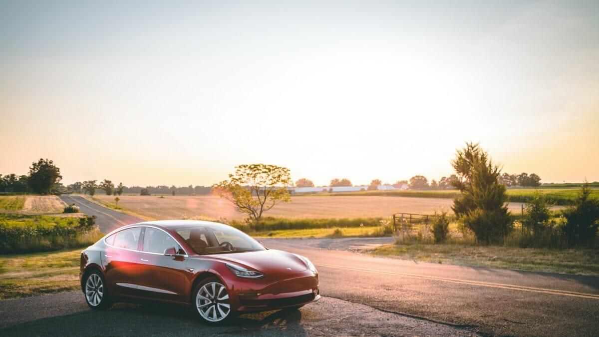 Tesla-Auto