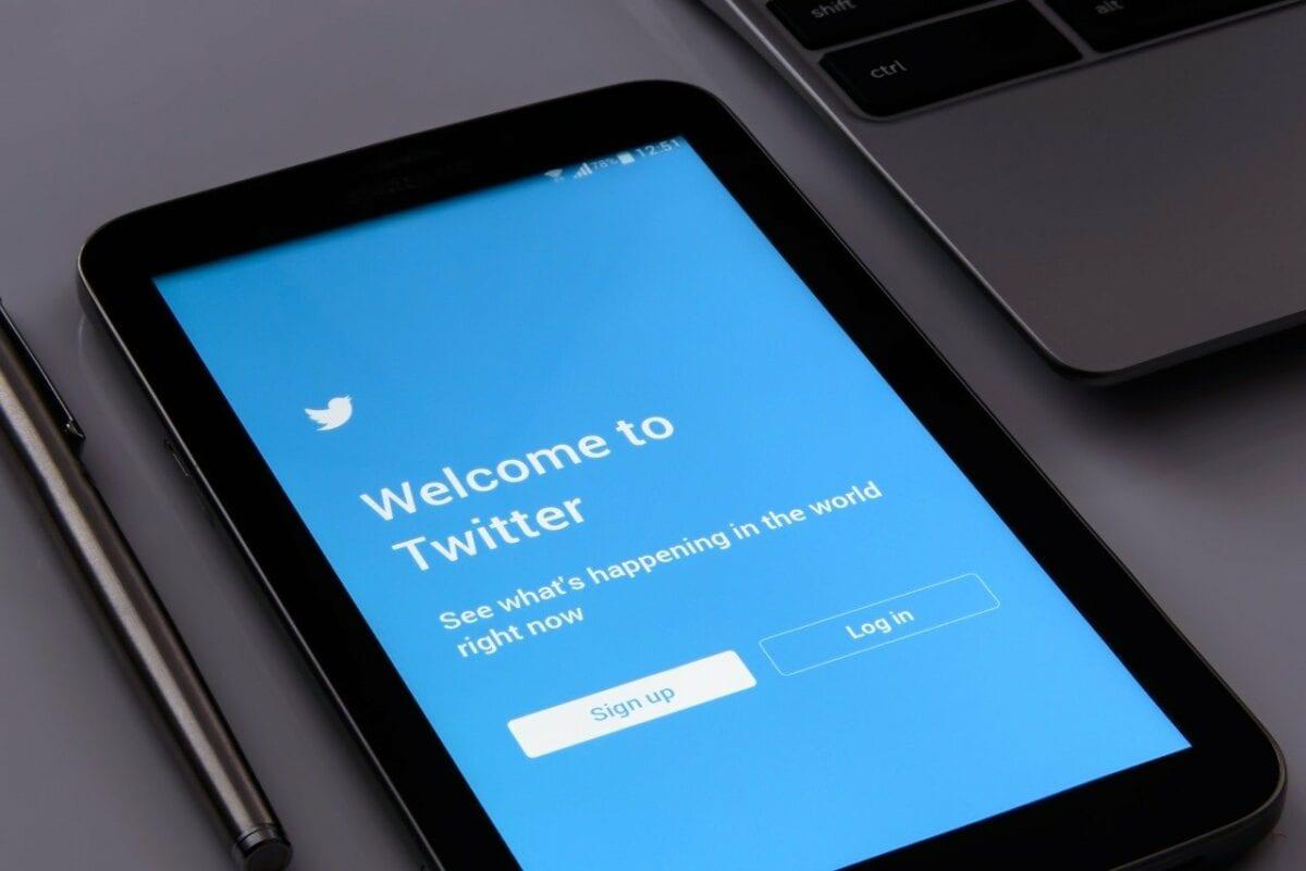 Twitter App auf einem Smartphone
