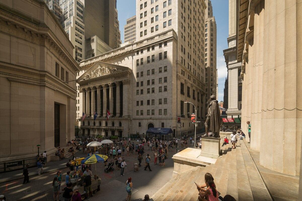Die US-Berichtssaison wirkt sich heute auf die Wall Street aus