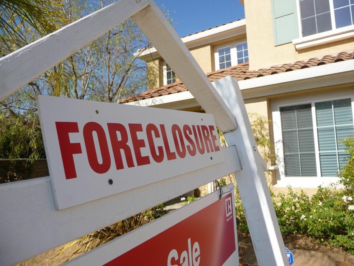 Zwangsversteigerung als Zeichen für Crash am US-Immobilienmarkt 2008