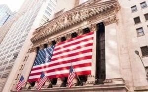Der scharfe Abverkauf der Aktienmärkte, vor allem der Techwerte im amerikanischen Nasdaq, war die letzten Tage in aller Munde