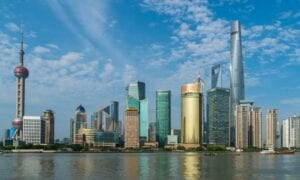China holt weiter auf im Vergliech zu den USA: das gilt für Wirtschaft und Aktienmärkte gleichermaßen