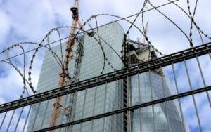 Die Europäische Zentralbank ist unter Druck