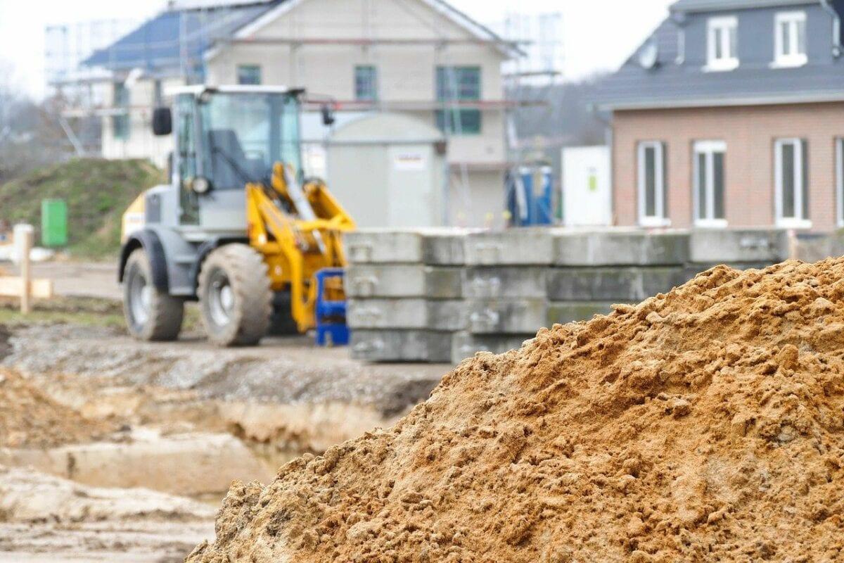 Günstige Immobilienkredite heizen Bauboom an