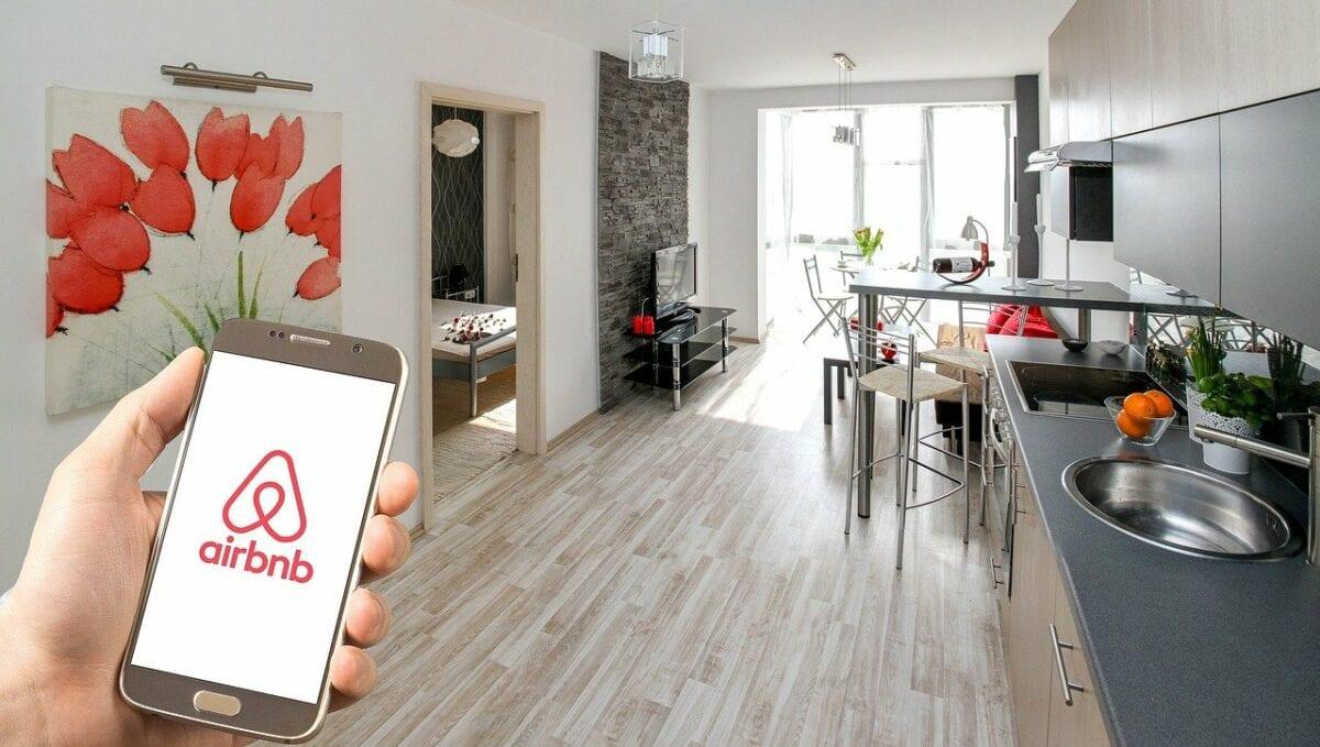 Foto einer Wohnung mit Airbnb App