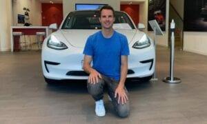 Die Tesla-Aktie rutscht vorbörslich ab