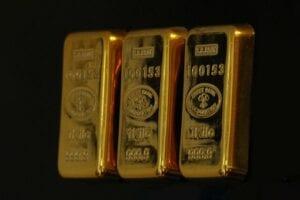 Abflüsse aus Gold-ETFs belasten den Goldpreis
