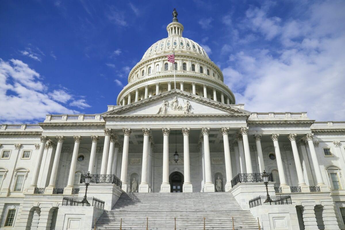 Im US-Kongress soll der Mega-Stimulus für die US-Wirtschaft durchkommen
