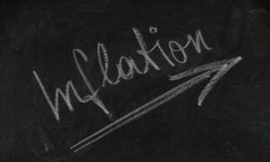 Warum reagieren die Aktienmärkte nicht auf die zu erwartende Inflation?
