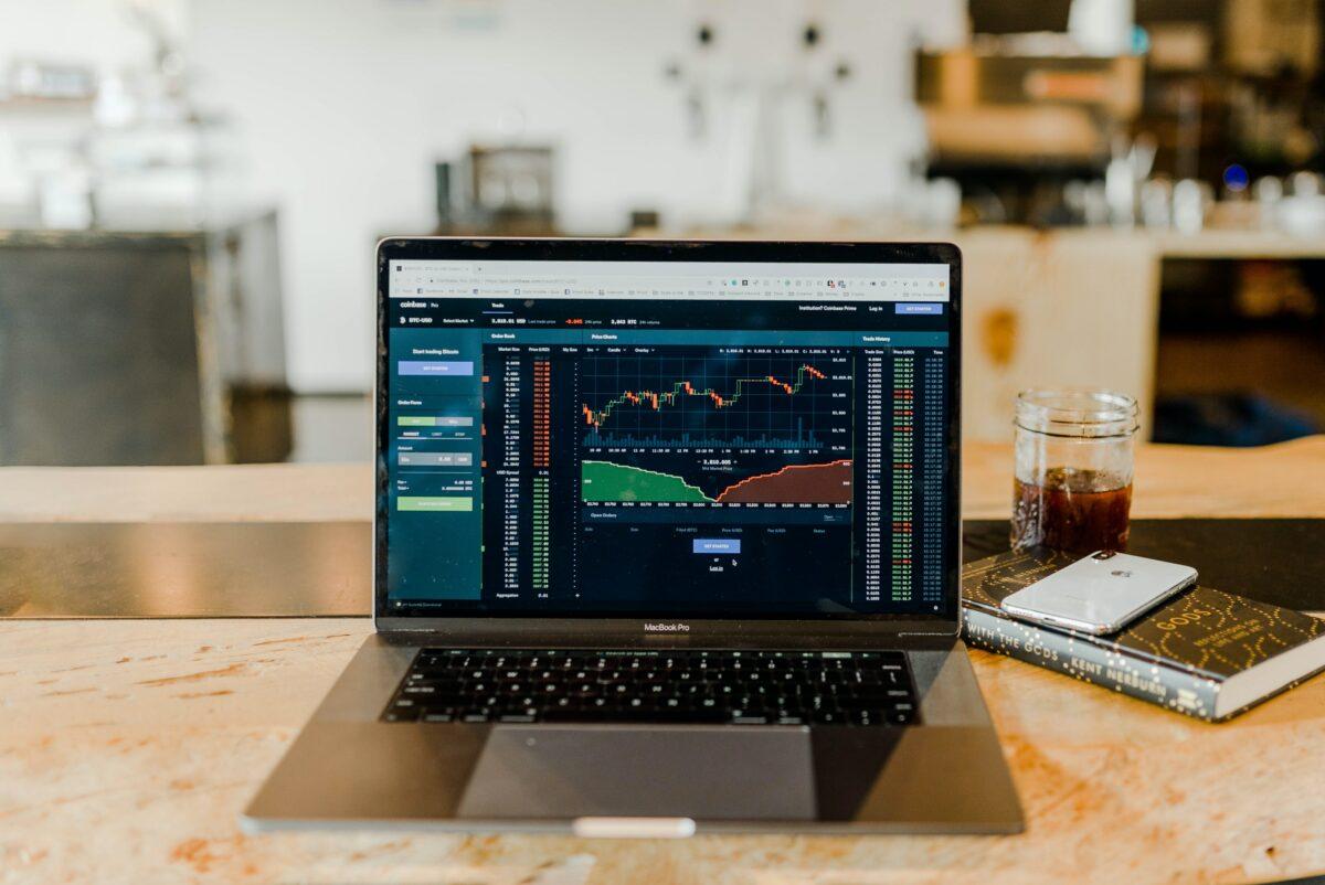Aktien-Trading über Handelsplattform