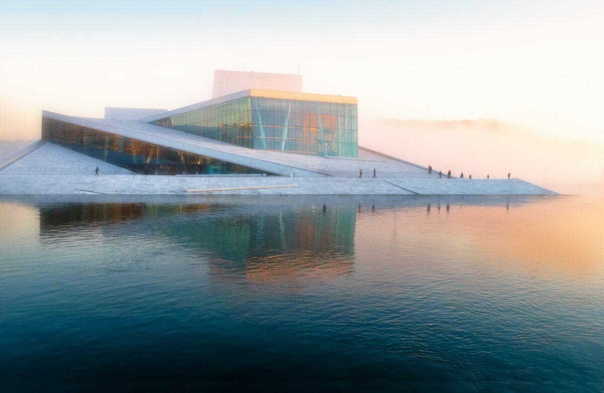 Das Opernhaus in Oslo als modernes Symbol für Norwegen