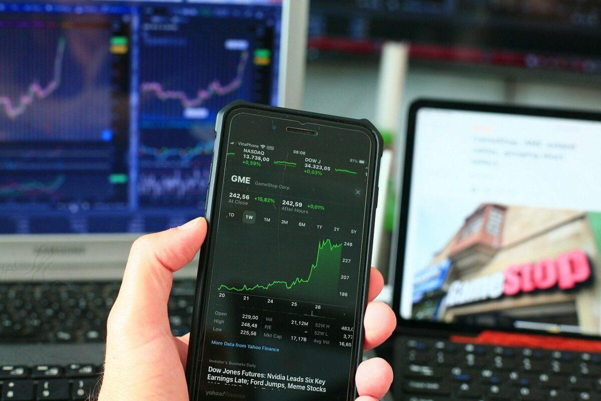 Aktien-Chart auf Handy-App